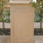 Pedestal Large